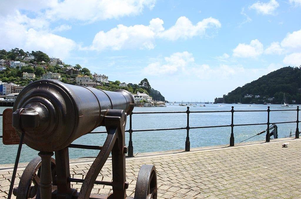 Dartmouth Embankment Canon